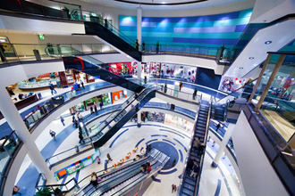 Centri commerciali e negozi